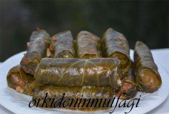 etli kara lahana sarması