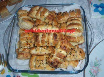 Şeritli Milföy Börek