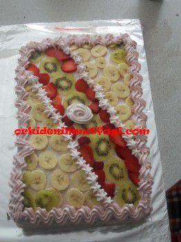 Meyveli yaşpasta modelleri
