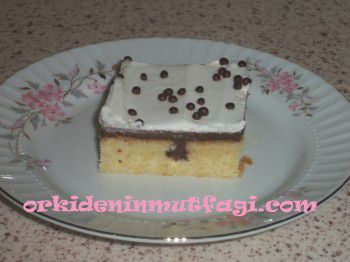 İçi pudingli sürpriz kek