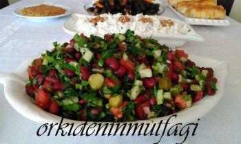 meksika kırmızı fasülye salatası
